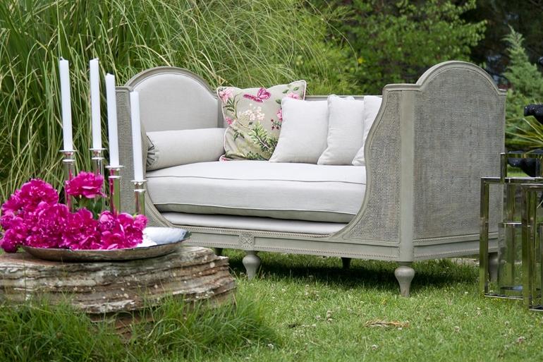 Zanim nadejdą wiosna i lato, przemyślmy zakup mebli ogrodowych!