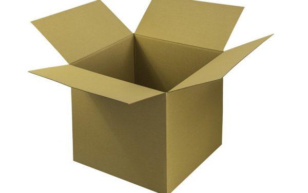 Przygotowanie paczki do wysyłki – o tym należy pamiętać